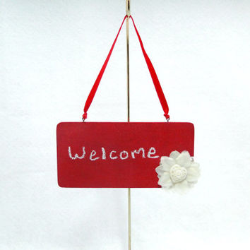 Chalkboard Sign Wood Hand-Painted Red Ivory Flower with Flower Heart Pearl Center Valentine's Day Welcome, Wedding, Name