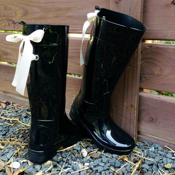 Black Gloss Rain Boots with Ivory Bow by PuddlesNRainBows on Etsy