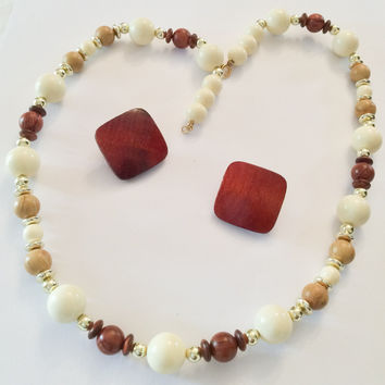 VALENTINE Sale, Lucite and Wood Bead Necklace with Earrings, Vintage Jewelry, Gift for Her