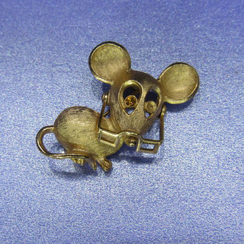 Avon Figural Vintage Jewelry Mouse with Glasses by DLSpecialties