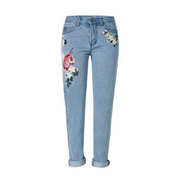 2017 Vintage flower embroidered high waist jeans woman blue pencil slim skinny designer jeans women denim pants plus size s131
