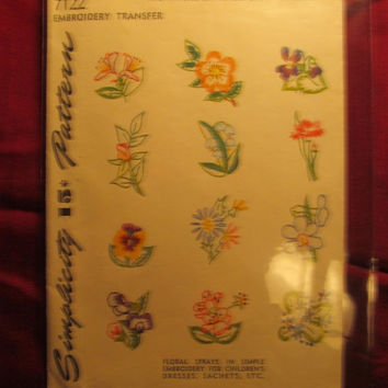 SALE Uncut Simplicity Sewing Pattern, 7122! Embroidery Transfers from 1940's/Unused Floral Transfers/Linens-Lingerie-handkerchiefs/Fashion D