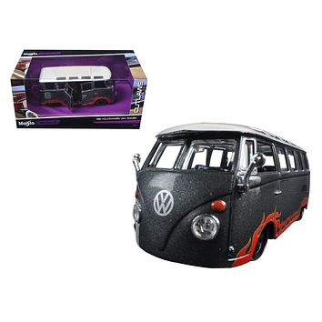 "Volkswagen Van Samba Grey \Outlaws"" 1/25 Diecast Model Car by Maisto"""