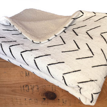African Mudcloth Sherpa Baby Crib Blanket