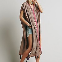 Skemo Womens Embroidered Maxi Poncho