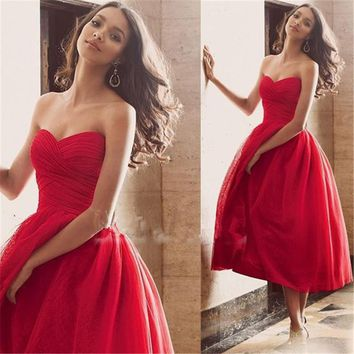 Cheap Red Short Ball Gown Prom Dresses 2017 Sexy Sweetheart Backless Simple Pleat Tea Length Homecoming Gowns For Girl Party