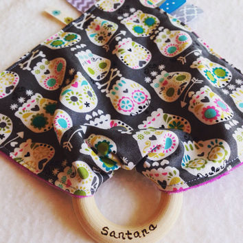 Skulls Tula teething blanket, Tula teether, bonehead teething blanket, personalized baby tag toy, taggy teether, wood ring teething blanket