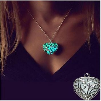 Dark light heart pendant heart shaped heart shaped hollow night necklace pendant