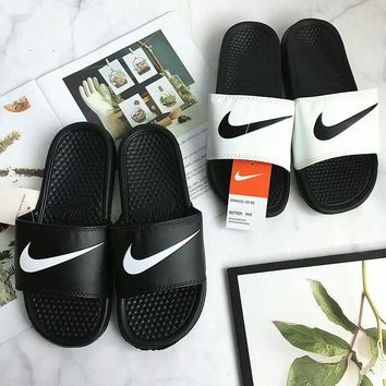 """Nike"" Summer Fashion Classic Hook Logo Slippers Men Home Sandals Flats Shoes"