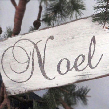 Noel rustic Christmas sign-Primitive Christmas decor-Shabby chic Christmas decor-Christmas wall decor-Christmas sign-Hostess gift