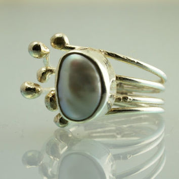 Free Form Pearl Ring - Modern Adjustable Pearl Ring- 925 in Silver - Hands Collection - Ready to Ship