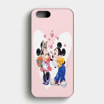 Mickey Mouse And Minnie Mouse Disney Kissing On Galaxy Nebula iPhone SE Case