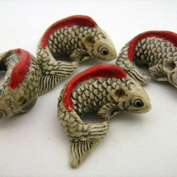 4 Large Koi Beads - white