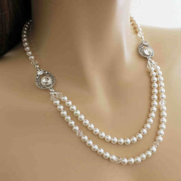 Crystal and Pearl Necklace Wedding Statement Necklace Bridal Jewelry Vintage Style Bridesmaid Pearl Necklace Special Occasion Ivory Gift