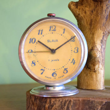 Soviet alarm clock,vintage desk clock,ussr retro mechanical clock,office home decor,wake up,table desk clock,russian vintage souvenir,1970s