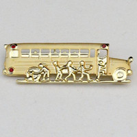 Vintage Dane Craft Gold Tone SCHOOL BUS w/ Children Pin / Brooch.   J305