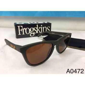 Oakley Frogskins Polarized + GET ALL ITEM IN PICTURE