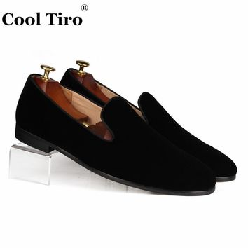 Cool Tiro Black Velvet Loafers Men Slippers Slip on Flat Moccasin Wedding Men's Dress Shoes Genuine Leather Casual Shoes Classic
