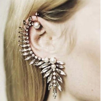 Trendy Crystal Pearls Ear Cuff Earrings