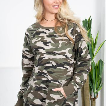 Camouflage Pocket Sweatshirt