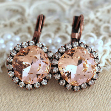 Blush Pink drop earrings, Blush pink crystal Swarovski earrings, Light peach Crystal drop earrings, Bridal earrings, Wedding jewelry.