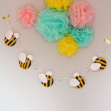 Bumble Bee Garland, Glitter Decor, Bumble Bee Nursery Garland, Felt Bumble Bee, Baby Shower Decor, Nursery Wall Art