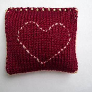 Dried Lavender Sachet, Red and Cream Colored