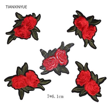 TIANXINYUE 20pcs Double Rose Patch Applique Fabric Sticker Iron On Red flower Patch Craft Sewing on Embroidered Clothing