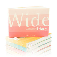 Lucky 2018 wide dated weekly diary agenda