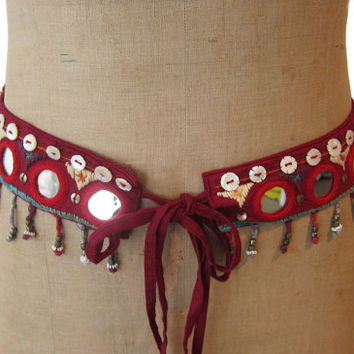 Vintage 1980s boho red mirror and mother of pearl bead hippie belt