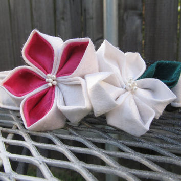 Dog Collar and Flower - READY TO SHIP White and Pink Kanzashi Wild Flowers on White Dog Collar - Pink Wedding Collar