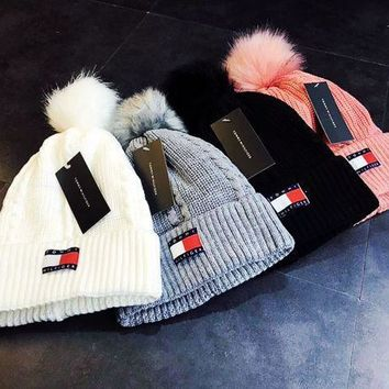 Tommy Hilfiger Fashion Casual Knit And Pom Hat Cap