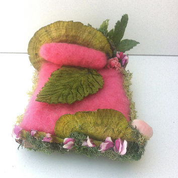 Forest Whimsy fairy bed, pink with real and artificial mushrooms and lots of flowers nedle felted and Waldorf friendly
