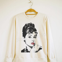 Audrey Hepburn Shirt Movie Shirt Fashion Sweater Sweatshirt Jumpers Shirt Long Sleeve Shirt Women Shirt Men Shirt Unisex Shirt Size S,M,L