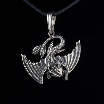 Toothless Pendant, sterling silver, handmade ... how to train your dragon, dragon pendant, night fury pendant