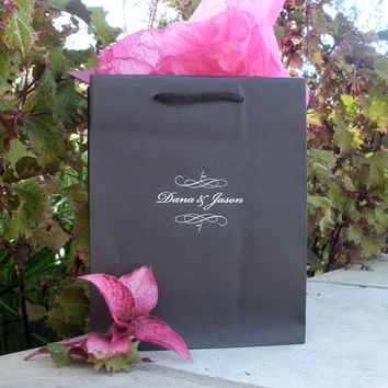 35 Custom Welcome Bags for Hotel Wedding Guests