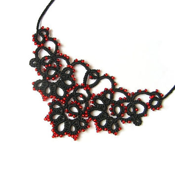 "Tatted lace black and red filigree necklace - Black lace necklace with red glass beads ""Filigran"" collection"