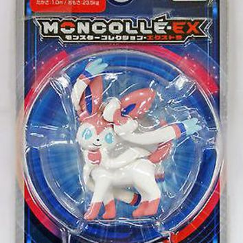 Takara Tomy Pokemon Monster Collection EX Moncolle Sylveon Action Figure USA NEW