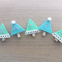 wooden clipper - adorable wood peg - christmas wooden clipper - felt clipper - READY TO SHIP