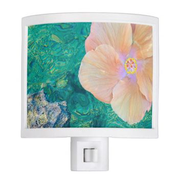 Hibiscus on turquoise water nightlight