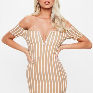 Missguided - Camel V Bar Stripe Bardot Dress