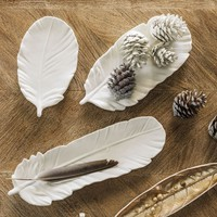 Set of 3 White Feather Dishes