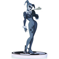 Preorder: Batman Black & White Harley Quinn 2nd Ed Statue