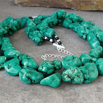 Megan Fox Turquoise Necklace, Chunky Turquoise Necklace, Turquoise Nugget Necklace, Green Turquoise Necklace, Chunky Turquoise Jewelry