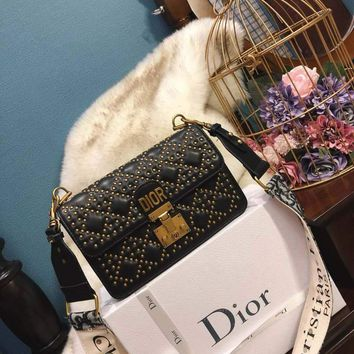 DIOR 2018 new rhombic rivet handbags wild fashion shoulder bag F-BCZ(CJZX) black
