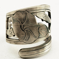 Spoon Ring Art Nouveau Hand Engraved Morning Glory by Spoonier