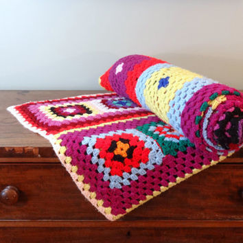 Colorful Afghan Blanket Vintage Handmade Bedspread Cozy Throw Granny Square Homemade Quilt