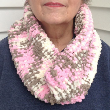 Pink Cream and Mocha Chunky Knitted Infinity Eternity Circle Cowl Winter Scarf