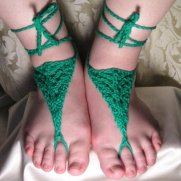 Knitted Barefoot Sandals in Green