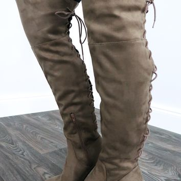 Riding Along Boots: Taupe